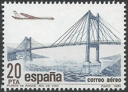 Rande Strait Bridge: The Atlantic motorway crosses the Vigo estuary by means of a 400 meters span cable-stayed bridge over the Rande Strait. This bridge was built between 1973 and 1977, and was opened to traffic in 1981. The average daily traffic reached 47,000 vehicles in 2006, close to its effective capacity. (Julio Martínez Calzón,